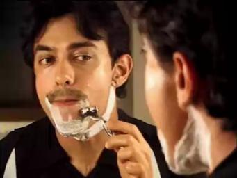 Chale Chalo: The Lunacy of Film Making (Satyajit Bhatkal